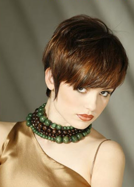 25 Short Bob Hairstyles for Ladies_9