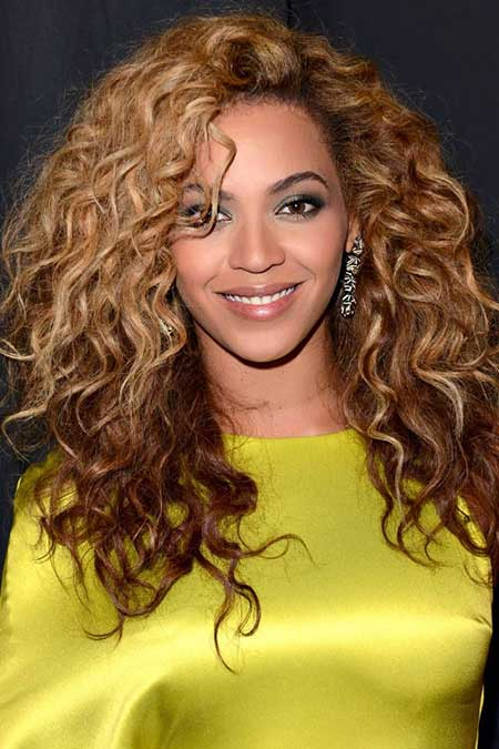 20 Best Curly Hairstyles_3