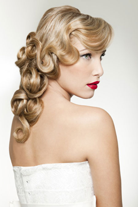 19 Hairstyles For Brides