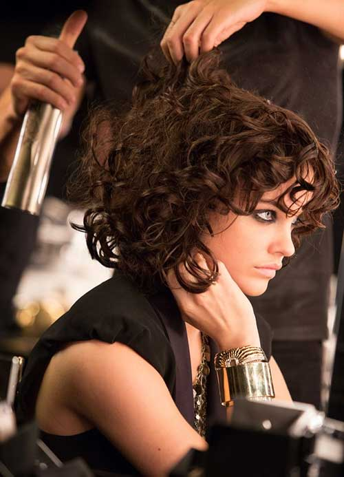 Barbara Palvin Hairstyle with Curly Look
