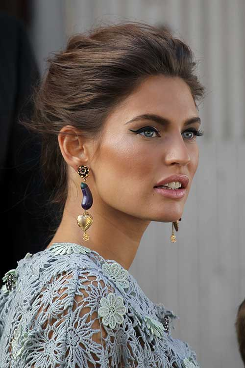 Bianca Balti Hairstyles Brown Updo Style