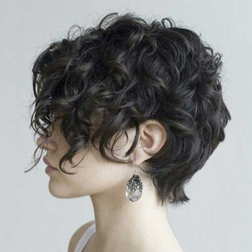 Haircuts for Curly Hair Type
