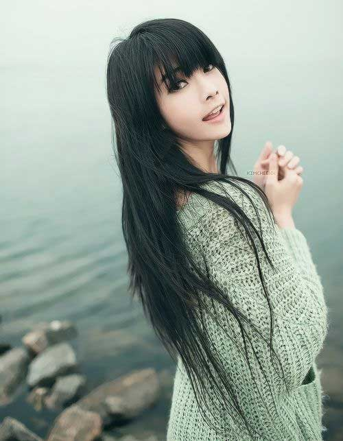 Korean Hairstyles with Cute Bangs
