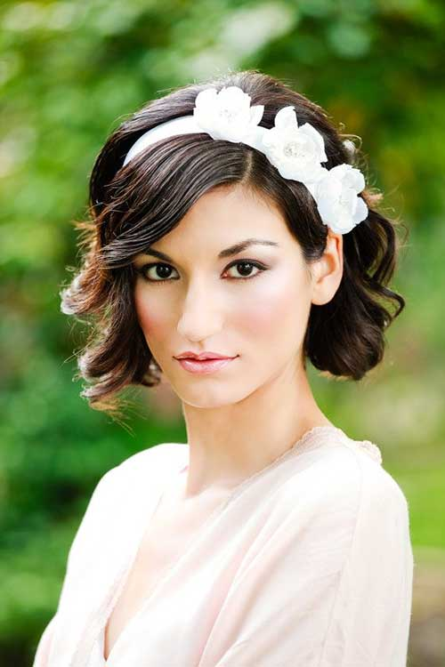 Bridal Bobs Romantic Floral Hairstyles