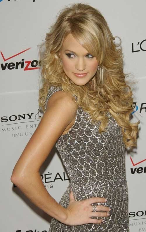 Carrie Underwood Curly Long Hairstyles