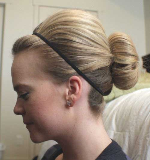 Easy Cute Bun for Blonde Hair