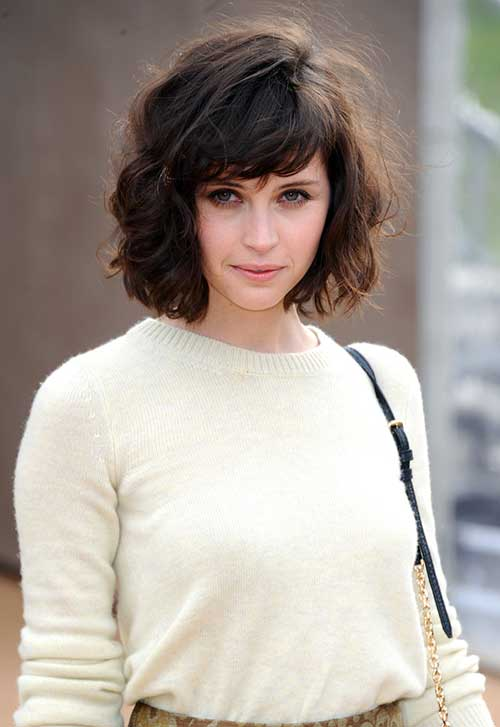 35 new cute short hairstyles for women hairstyles haircuts felicity jones short wavy hairstyle with bangs urmus Image collections