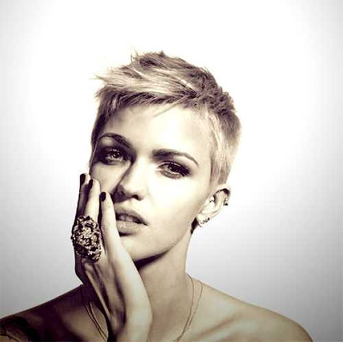 Funky Pixie Short Hairstyles