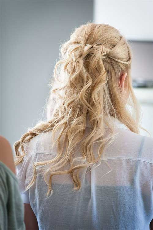 Best Light Blonde Curly Hair with Half Up