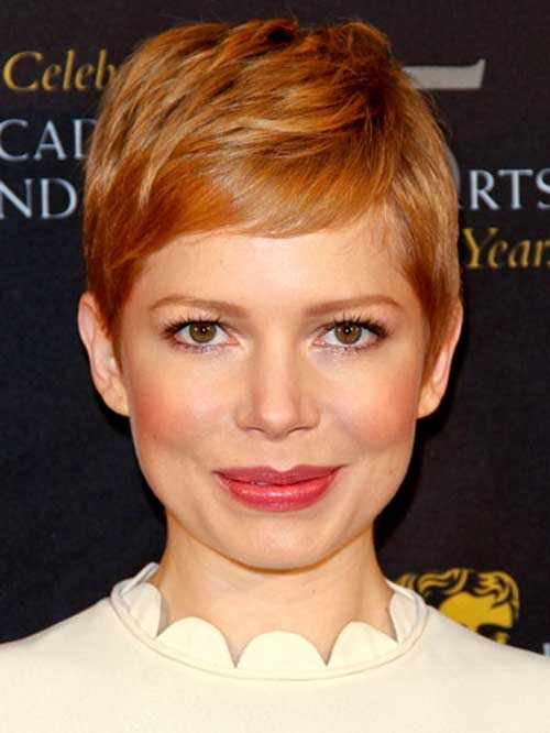 Michelle Williams Layered Pixie Haircut