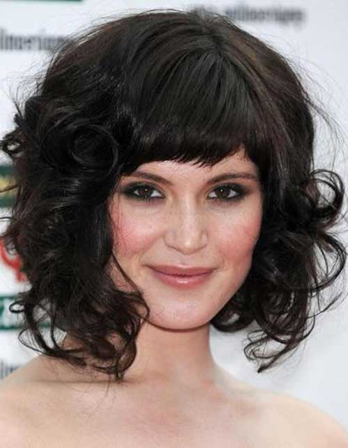 Christina Hendricks Medium Curly Romantic Party Red Hairstyle With Bangs