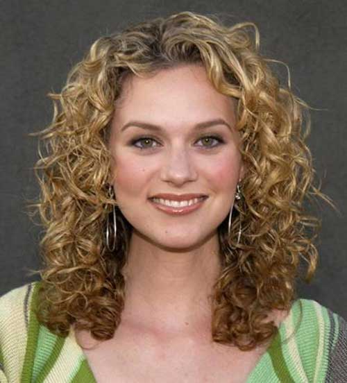 Peyton Sawyer Curly Hair