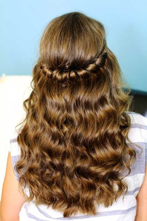 Best Retro Hairstyle for Long Hair