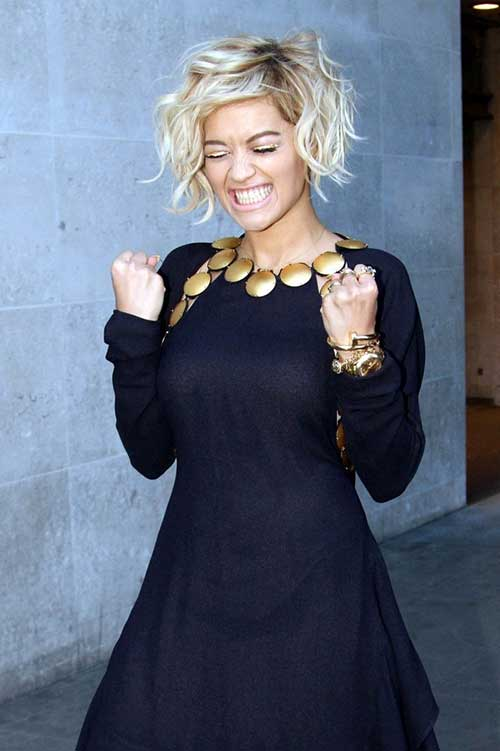 Rita Ora's Hairstyles for Women