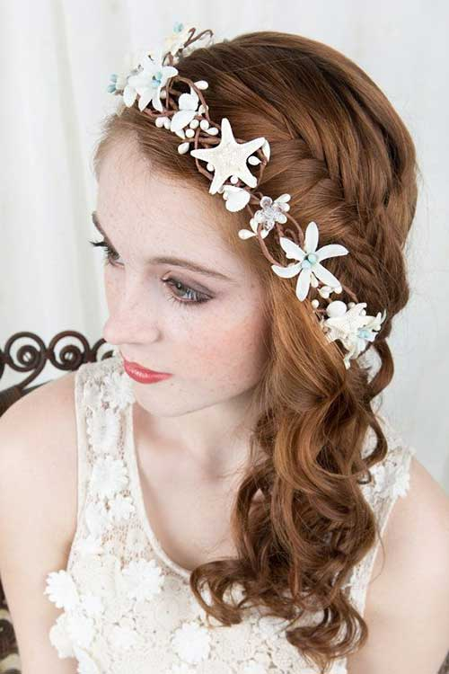 seashell hairband for wedding hairdo