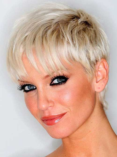 Lovely Short Hair Cuts for Layered Pixie