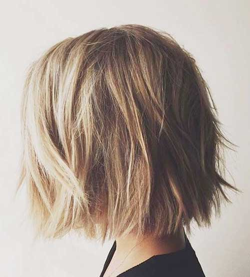 20 Chic Short Medium Hairstyles for Women | Hairstyles & Haircuts ...