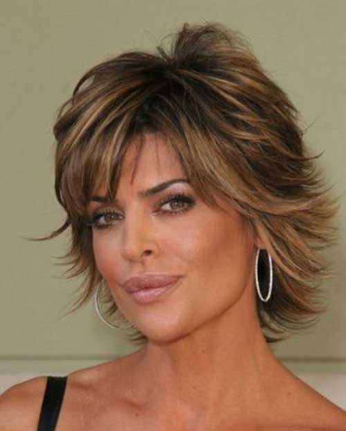 Lisa Rinna ditched her signature hairstyle for the   AOL