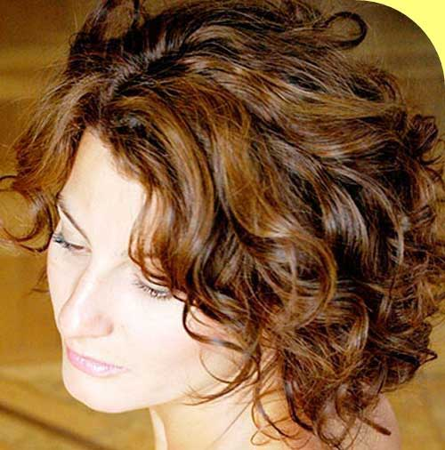 Curly Layered Hairstyles-13
