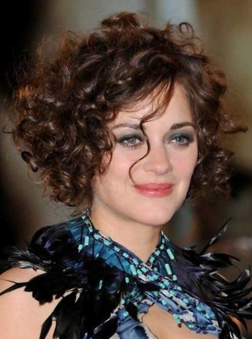 Curly Layered Hairstyles-19