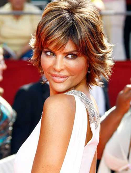 30 Spectacular Lisa Rinna Hairstyles  The Right Hairstyles