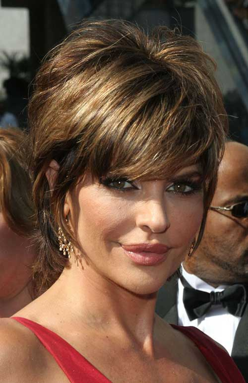 20 Lisa Rinna Haircut Ear Length Hair