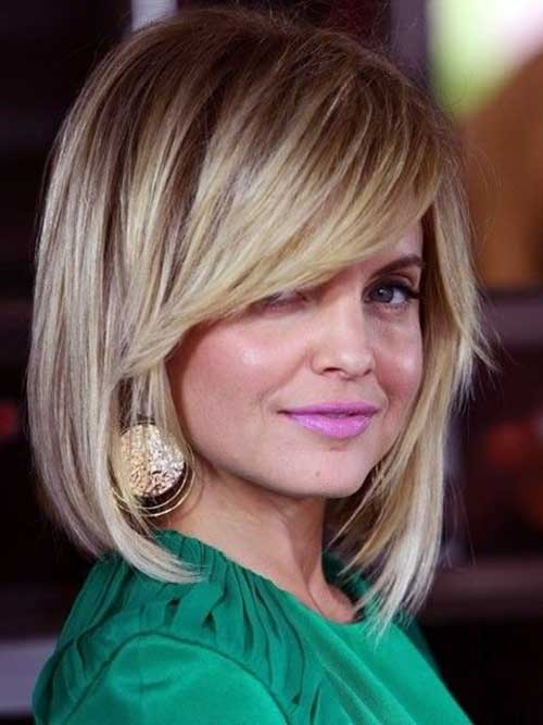 Hairstyles with Side Swept Bangs-13