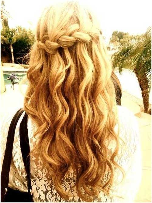 Hairstyles with Wavy Hair-11