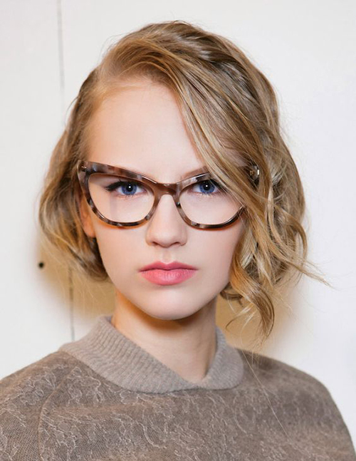 Stupendous 20 Best Hairstyles For Women With Glasses Hairstyles Amp Haircuts Hairstyles For Women Draintrainus