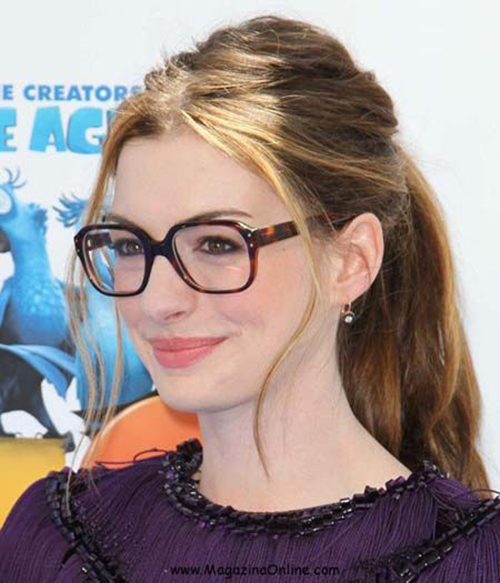 Hairstyles for Women with Glasses-9