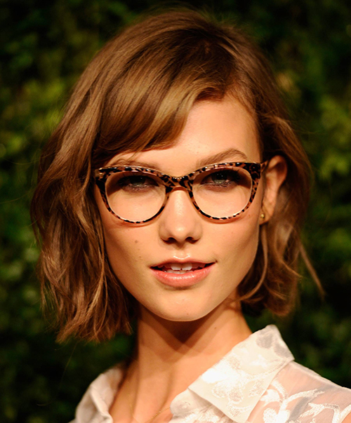 Haircuts for Women with Glasses