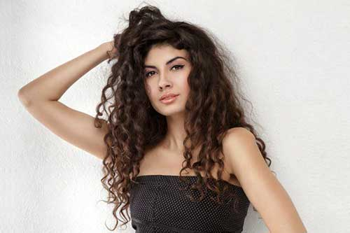 Long Curly Hairstyles-11