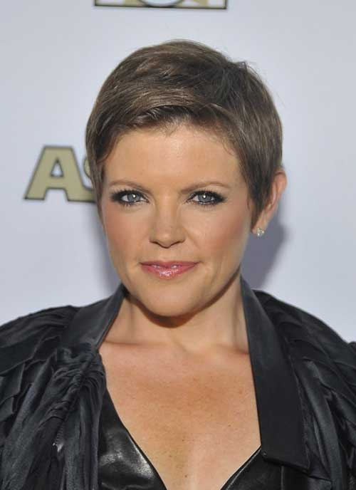 Best Pixie Hairstyles for Women 50