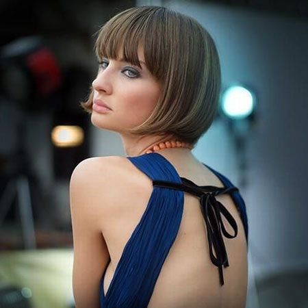 Short Hairstyles Bangs