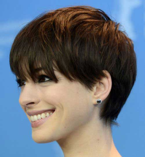 Anne Hathaway Short Hair for Round Faces