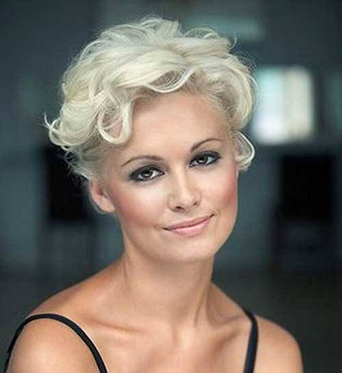 Short Curly Blonde Hair For Women Over 40