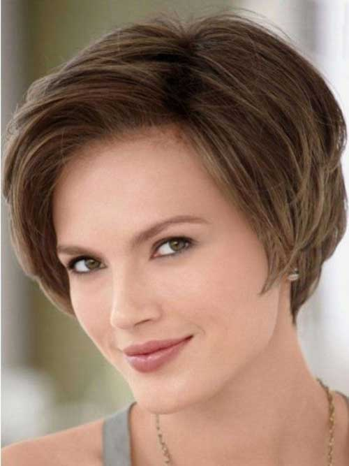 Short Haircut for Women Over 40