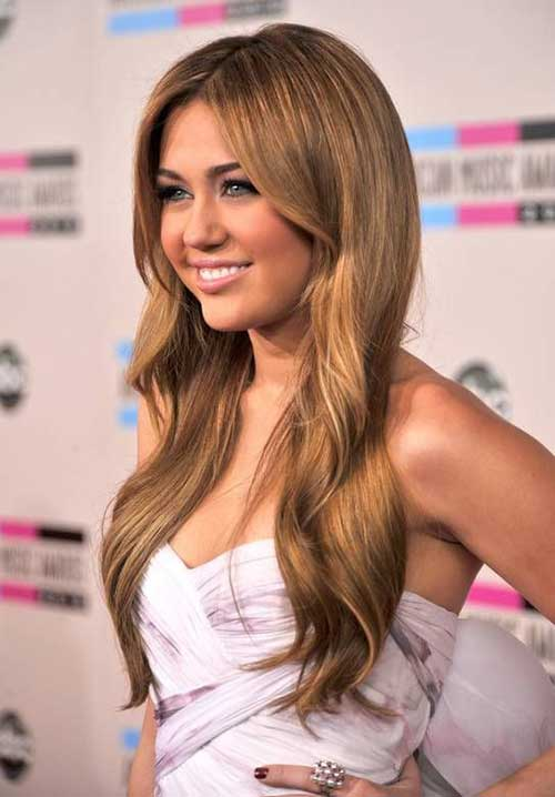 Miley Cyrus Long Blonde Hair With Loose Waves