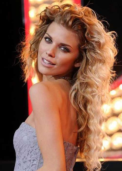 Stylish Curly Long Layered Haircuts Ideas