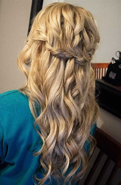 Cute Long Curly Hairstyles-10