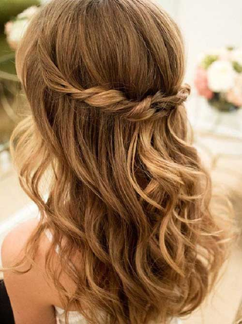 Cute Long Curly Hairstyles-11