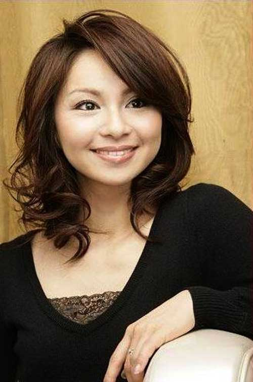 Asian Hairstyles for Round Faces-23