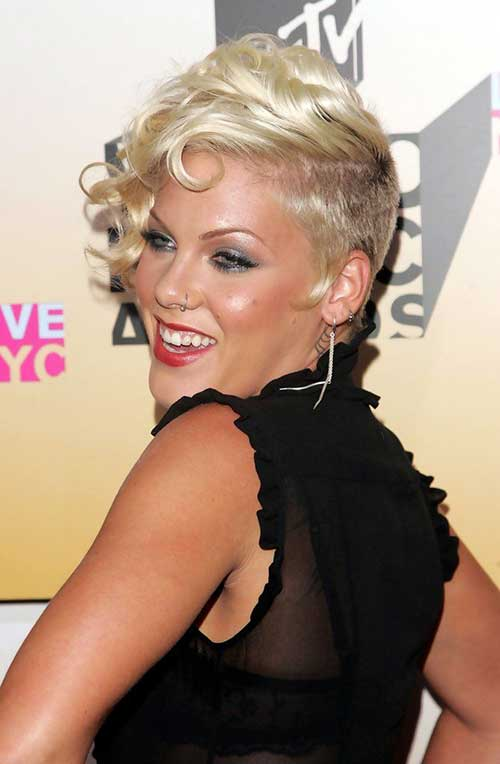 Punk Hairstyles for Curly Hair-23