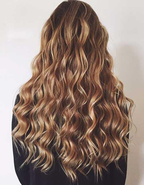 Long Wavy Haircuts-7