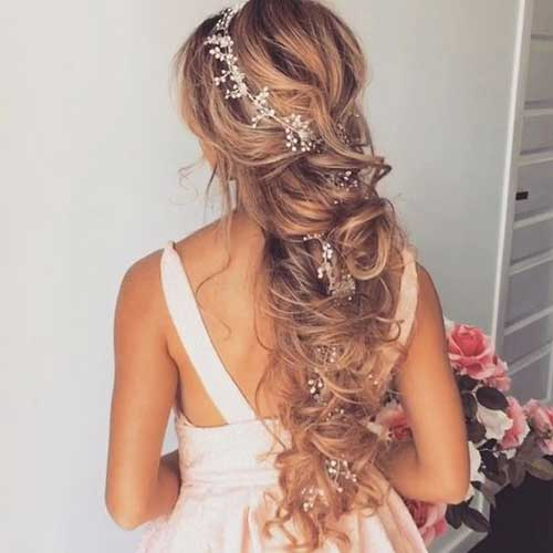 Hairstyles with Accessories-10