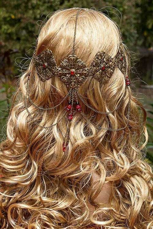 Hairstyles with Accessories-12