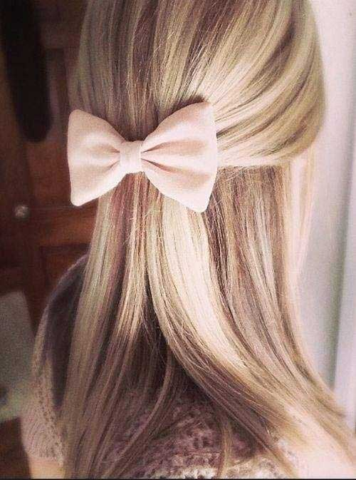 Hairstyles with Bows-12