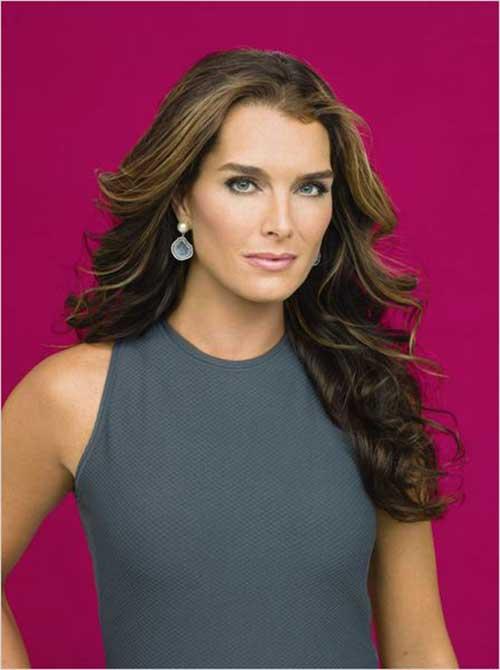 Long Hair Styles for Women Over 50-12