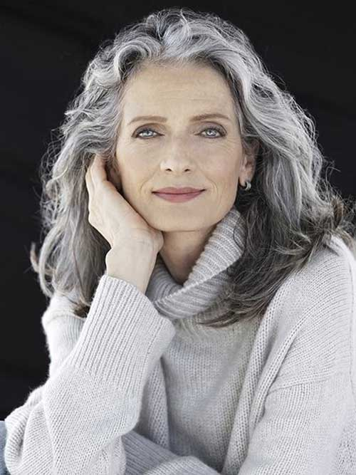 Hairstyles for Older Women-14