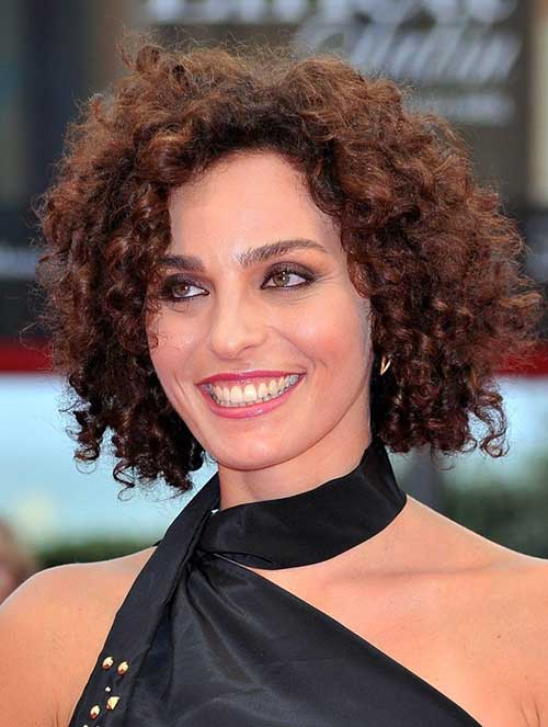 2016 Hairstyles for Curly Hair-16